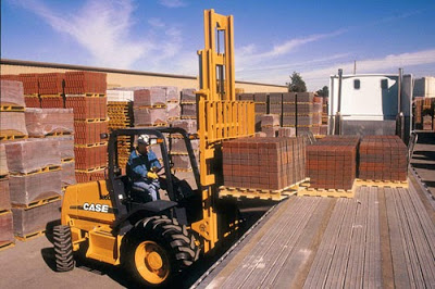 Forklift use for lifting materials